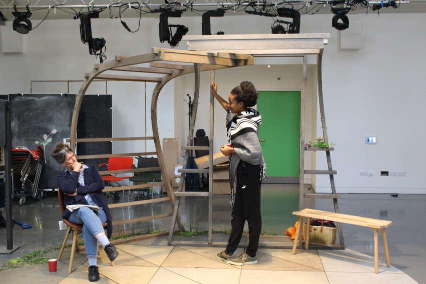 Shenagh Govan & Evlyne Oyedokun, One Under rehearsals